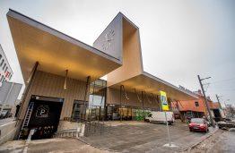 """Kauno autobusų stoties architektas G. Balčytis: """"Ne visi pastatai yra architektūros ir meno objektai"""""""