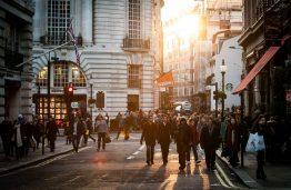 Pramonė 4.0 keičia pasaulį: fantazijos apie dirbtinio intelekto valdomus miestus jau virsta realybe